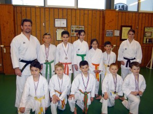 Groupe Elite avec Laurent Professeur et Célia Assistante